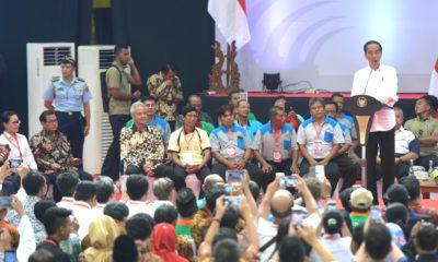 Bertemu Kelompok Tani, Presiden Sampaikan Pentingnya Modernisasi Penggilingan Padi dan Mesin Kemasan