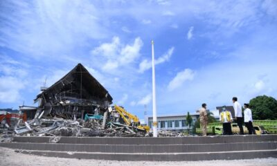 Presiden Tinjau Kantor Gubernur Sulawesi Barat yang Terdampak Gempa
